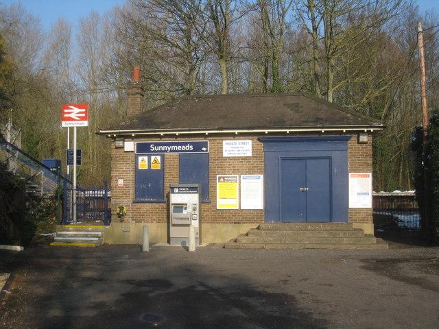 Sunnymeads Station
