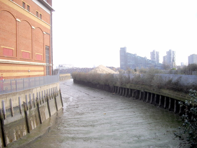 Chelsea Creek from Chelsea Harbour Drive