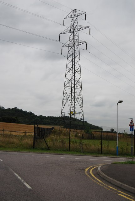 Pylon on the edge of Wouldham