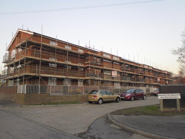 Scaffolding on Eileen Beard House