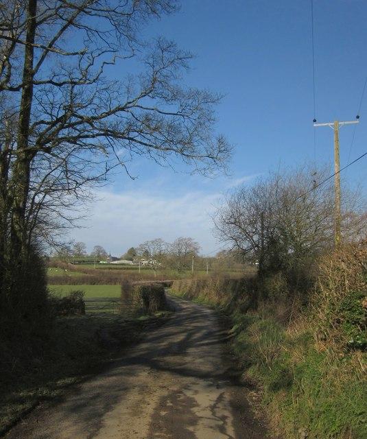 Lane to Kellacott