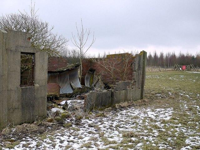 Ruined military building near Nesbitt Hill Head
