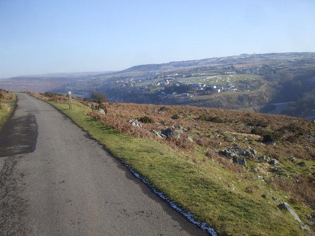 Looking east, near Penllan Fach Farm, Brynmawr