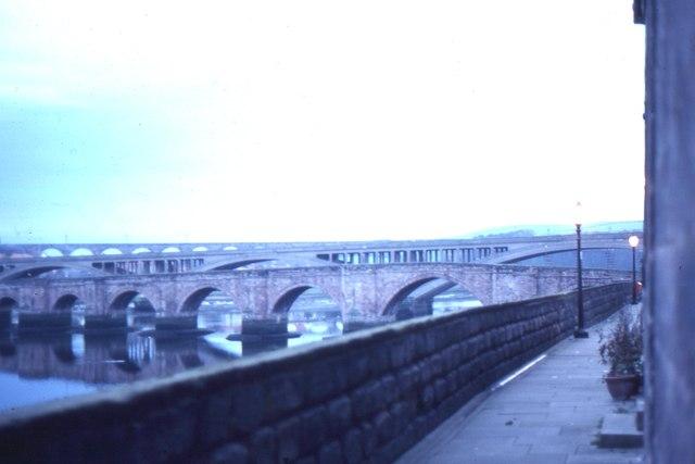 Berwick-upon-Tweed: the bridges from the walls, evening
