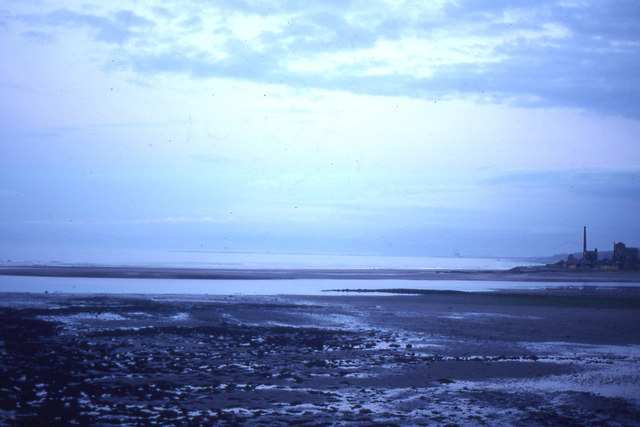 Berwick-upon-Tweed: looking out to sea, evening