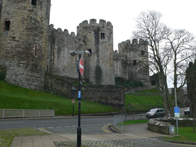 Massive round turrets of Conwy Castle