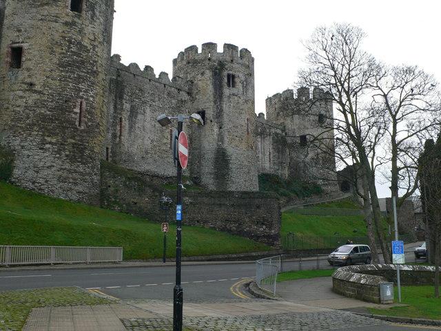 Massive round turrets of Conwy Castle