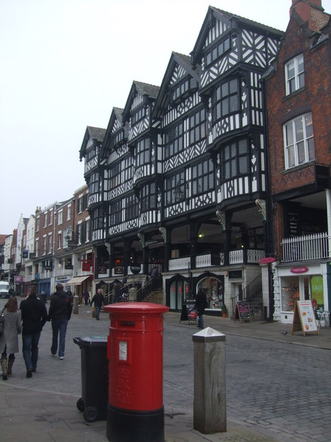 Grosvenor Shopping entrance on Bridge Street