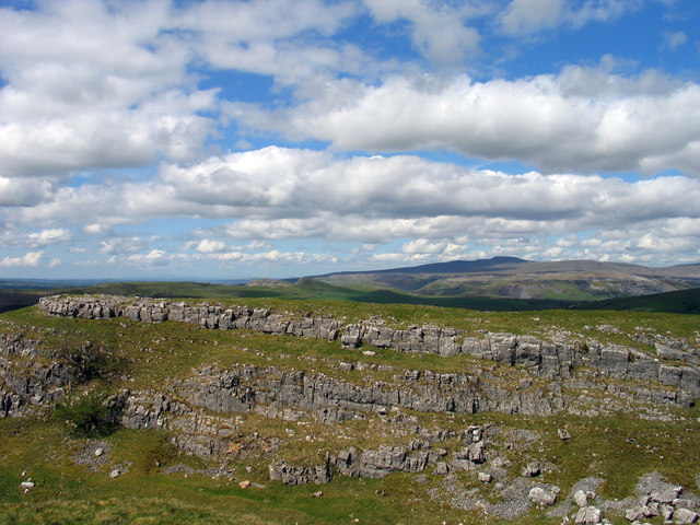 Limestone scar near Winskill Stones