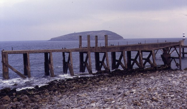 Old jetty, Dinmor Park Quarry