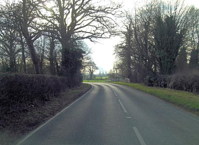 B4015 north of Clifton Hampden
