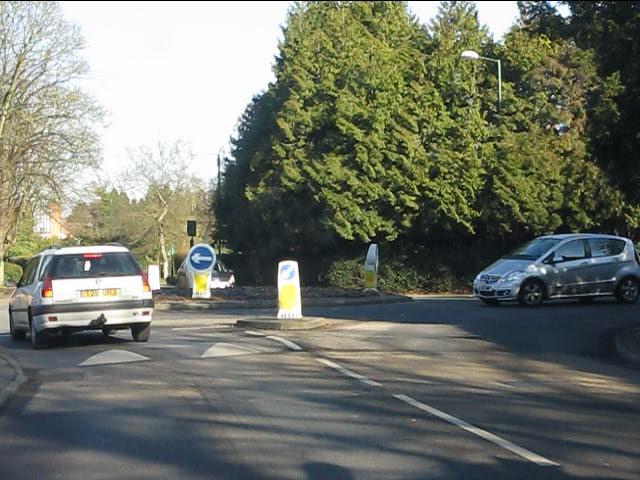 Mini roundabout on St Bernards Road