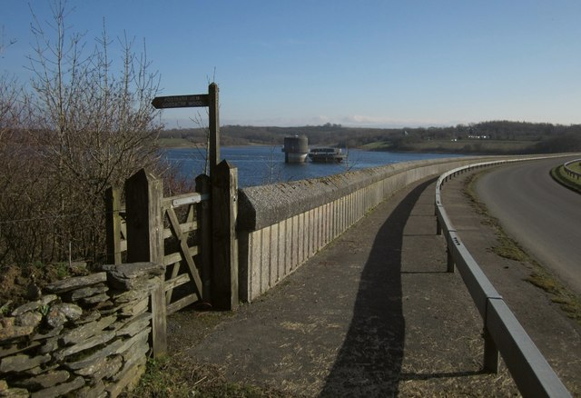 Path along Roadford dam