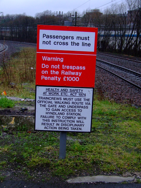 Railway warning notice