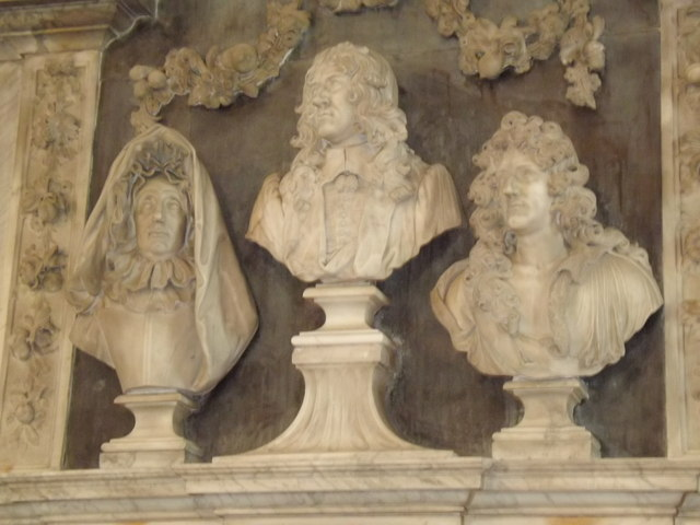 Slyfield Busts, Great Bookham