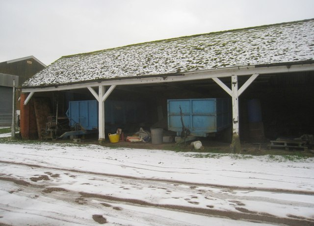 Open barn - Vale Farm