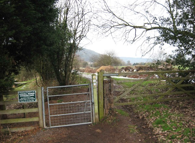 Gate on the Severn Way by Lickhill Manor Caravan Park, near Stourport-on-Severn