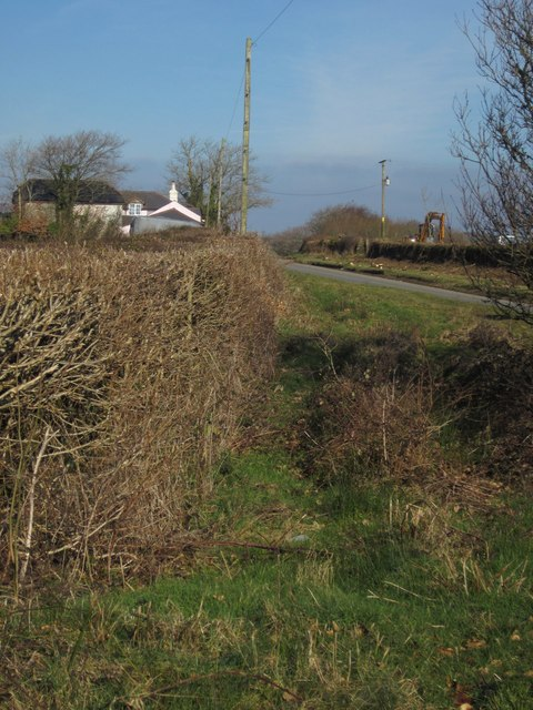Cottage and road near Goodacre