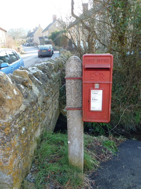 Nether Compton: postbox № DT9 1