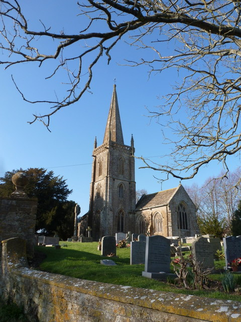 Trent: parish church of St. Andrew in winter sunshine