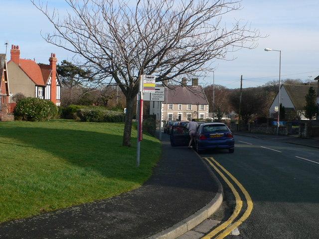 Bus stop on Bryn Lupus Road, Llanrhos