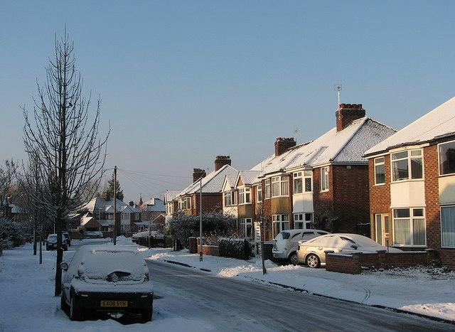 Lichfield Road: sunshine and snow