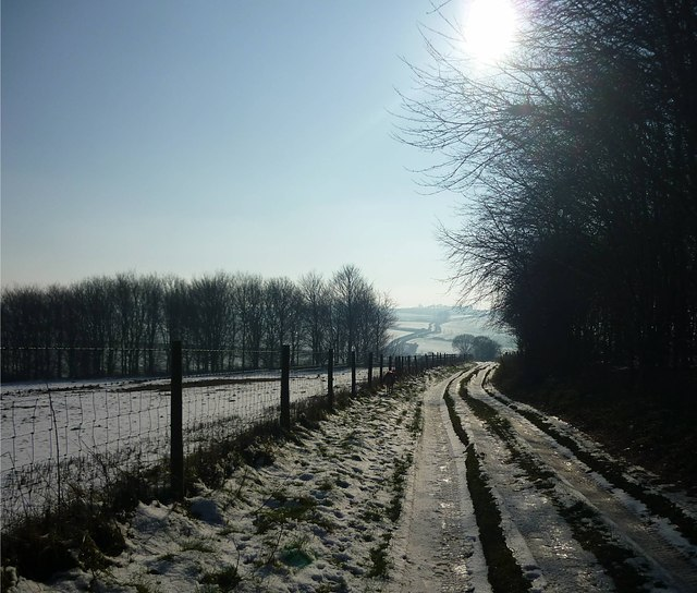 Wintry day on a byway descending from the Ridgeway