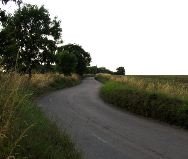 Bromley Lane towards Standon