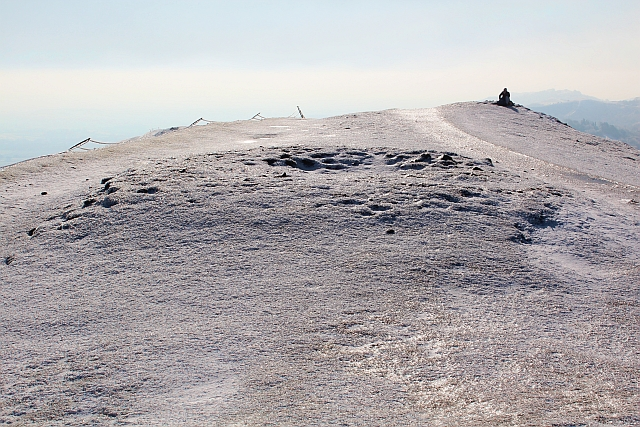 Tumulus on the icy peak of Pinnacle Hill
