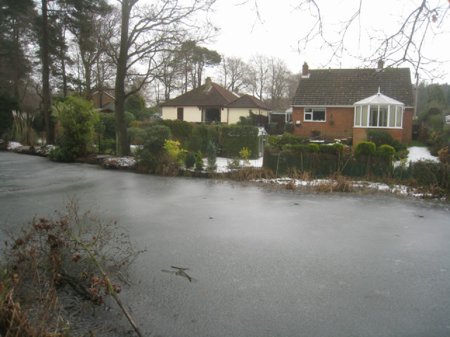 Houses in Fairland Close