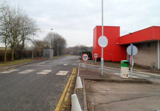 Road through the northern edge of Raglan Service Station