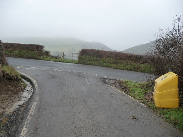 Lane junction off the B4572 south of Borth