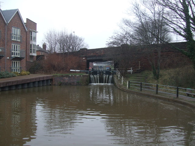 South View Road Bridge (126c)  Chester Canal