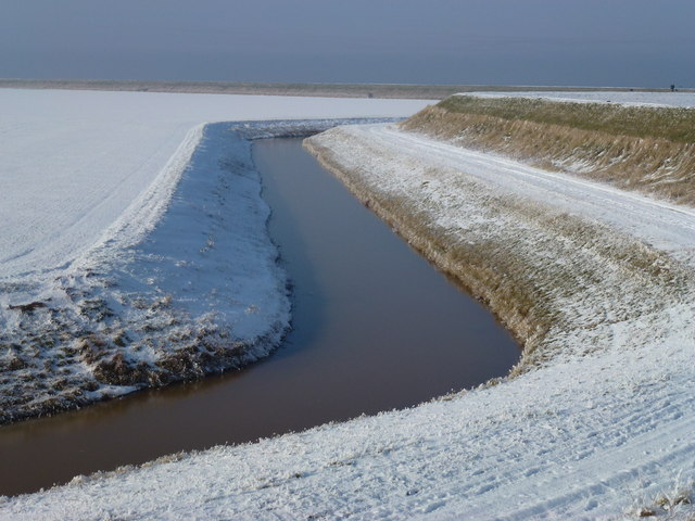 The Wash coast in winter - Lawyer's Creek in the snow