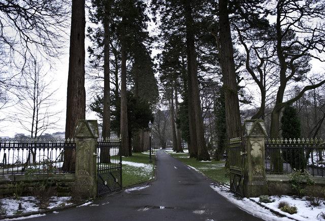 Thorneyholme Hall Driveway