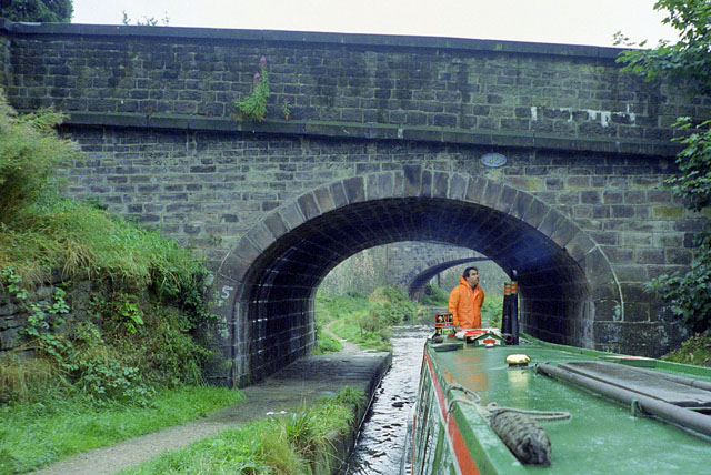 Bridge 40, Macclesfield Canal, Macclesfield, 1990