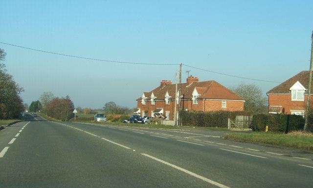 Houses by A38 near Swanley Lane