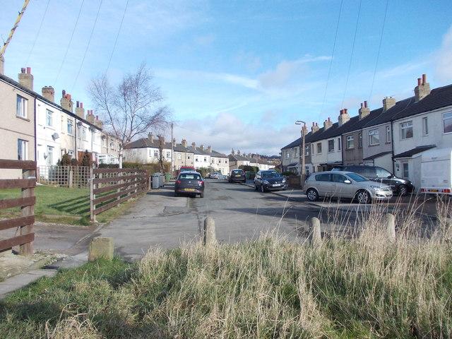 Kilroyd Avenue - viewed from Links Avenue
