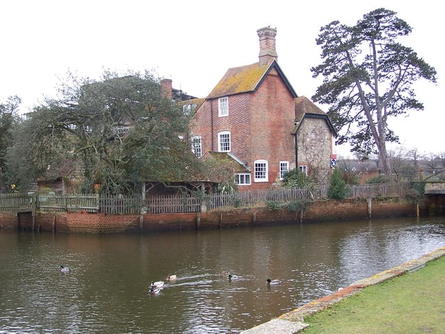 Beaulieu Mill and river