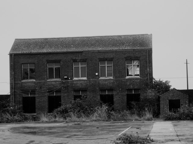 Derelict building, Priddy's Hard