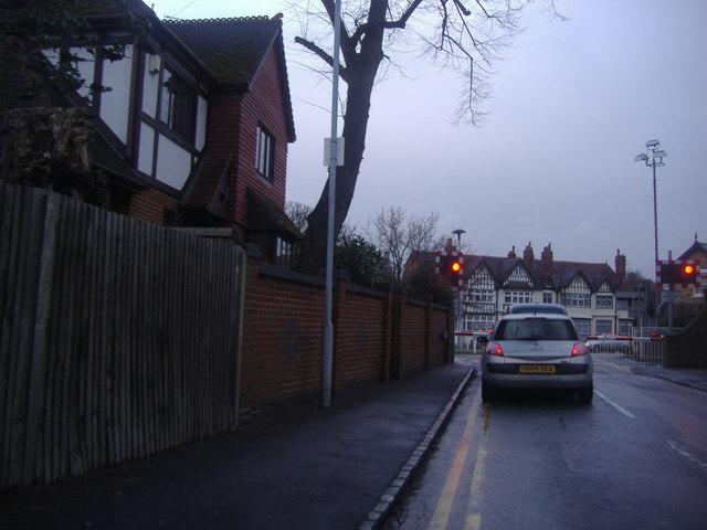 Level crossing on Queens Road, Datchet
