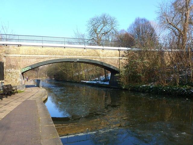 Footbridge over Regent's Canal linking Prince Albert Road and Regent's Park