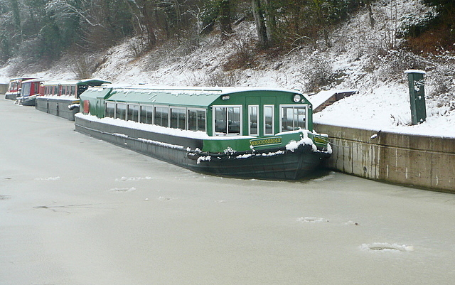 Canal Trust fleet in the snow and ice