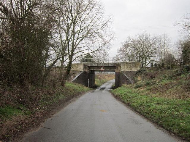 The rail bridge near Didbrook Village
