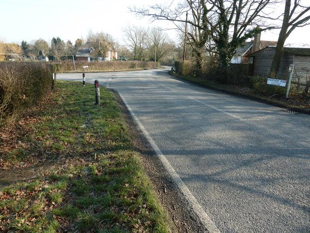 Wineham Lane junction with Wheatsheaf Road