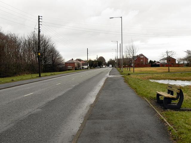 Bolton Road (B5239), Aspull Common