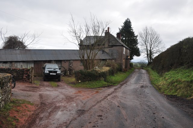 Mid Devon : Road & Steels Cottage
