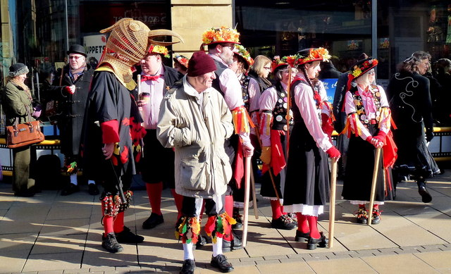 Morris dancing in Cheltenham 8