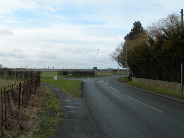 Junction of Watery Lane and Hollins Lane