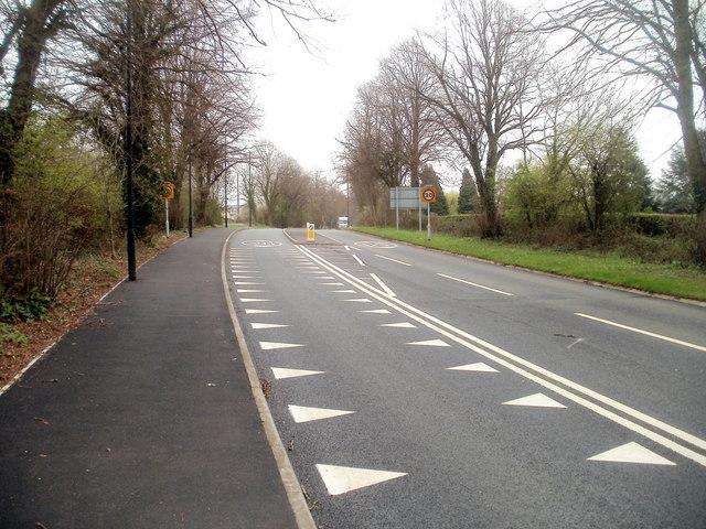 Crocodile teeth road markings, Caerwent
